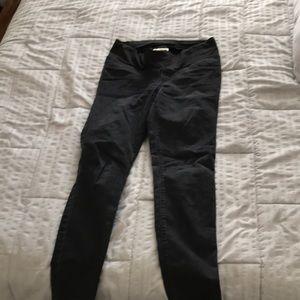 Loft maternity size 6 black skinny jeans